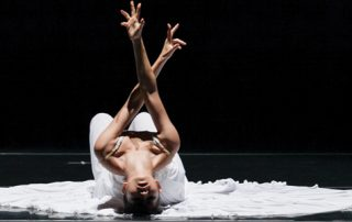 Jessica Lang Dance dancer performing The Calling