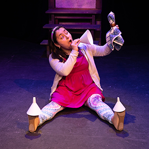 Cenicienta: A Bilingual Cinderella Story